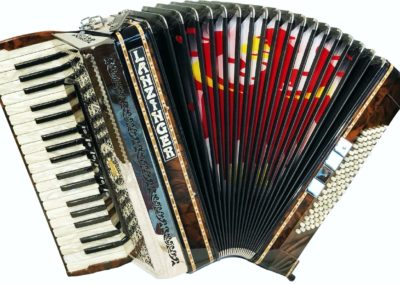 Piano accordion without cassotto